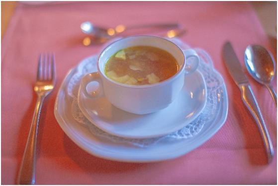 12-08 洋食のテーブルマナー 食事_01