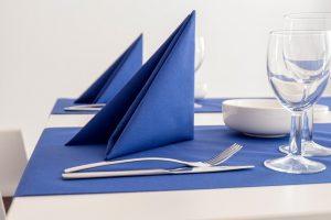 テーブルとナプキン
